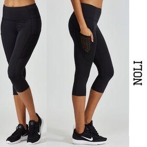 d93d58e3476ea3 Noli Yoga Velocity Crop Leggings NWT